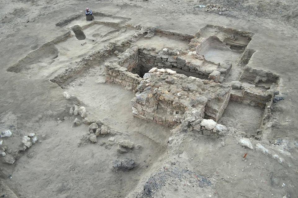 Brama hellenistycznej Berenike.