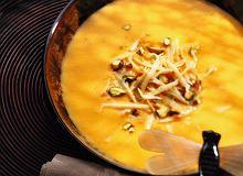 Zupa dyniowa z pistacjami - ugotuj