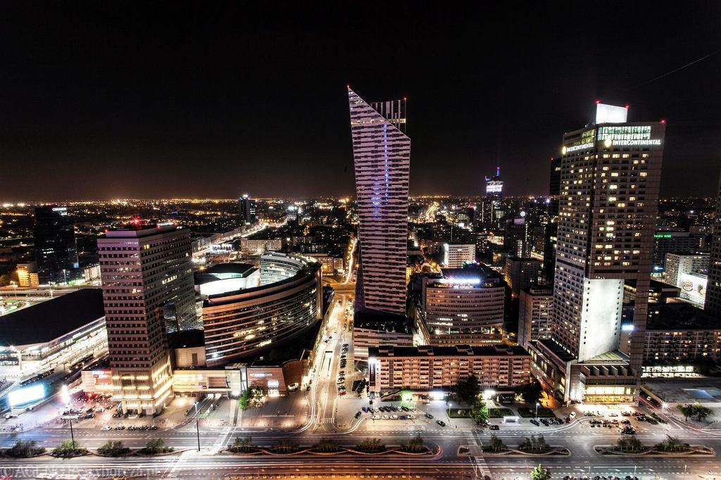 Warszawa nocą z PKiN
