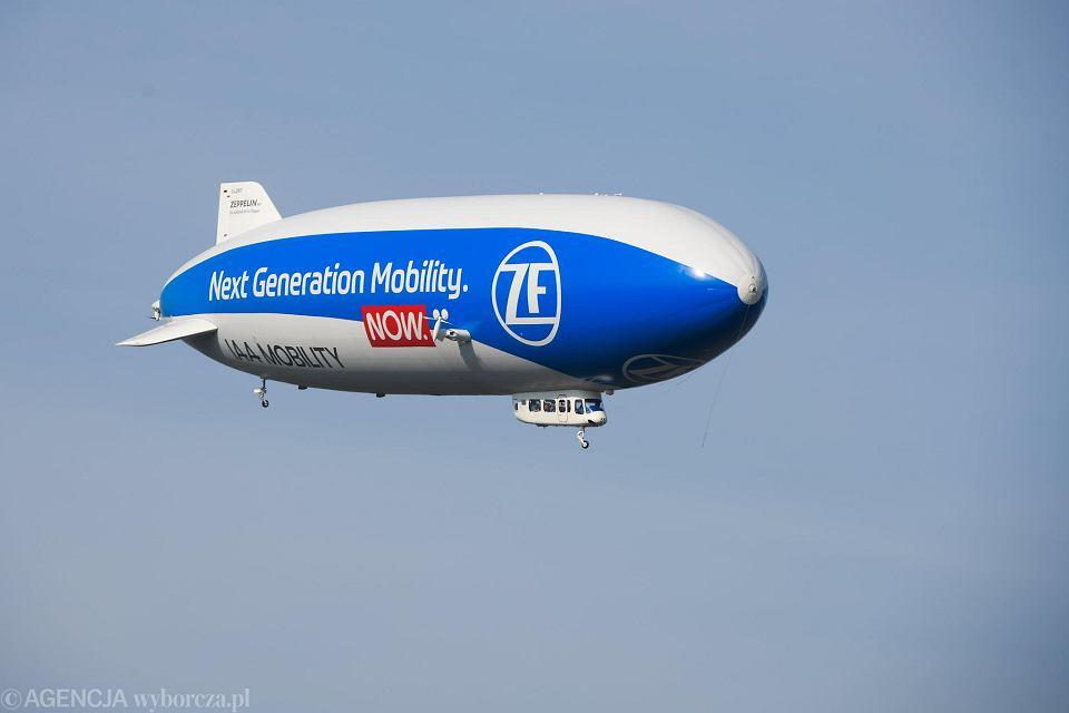 Sterowiec Zeppelin firmy ZF nad Wrocławiem