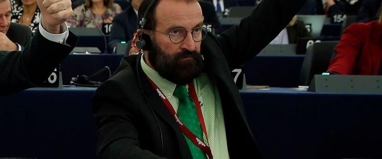 """Orbán zabiera głos ws. europosła przyłapanego na orgii. """"Nie do przyjęcia"""""""