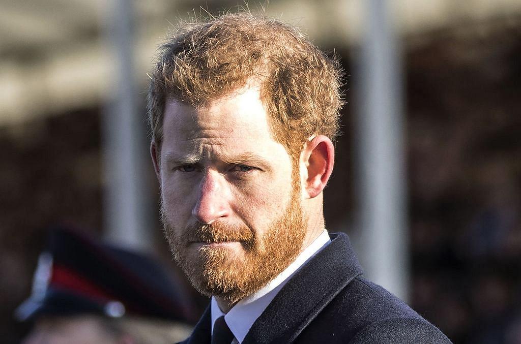 Książę Harry zrezygnował nie tylko ze swojego tytułu ...
