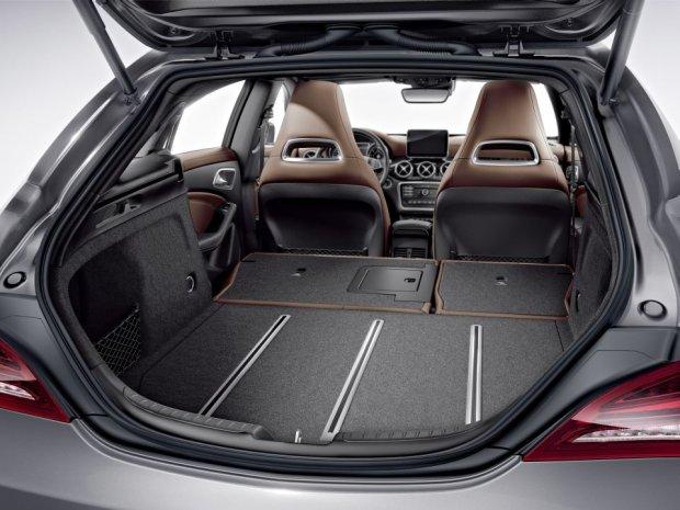 Mercedes-Benz CLA - wnętrze