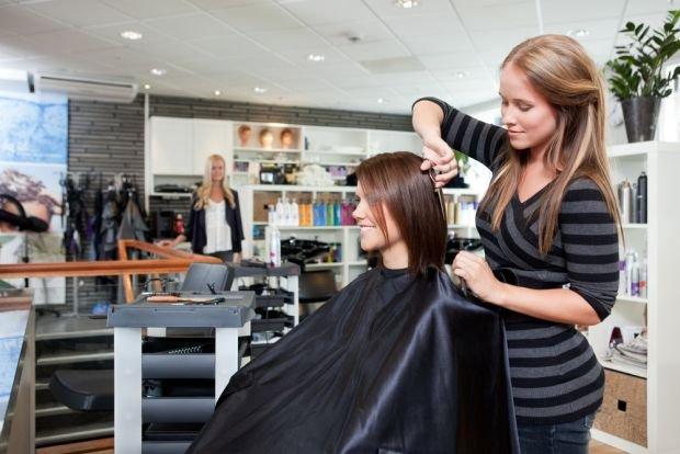 stres fryzjer