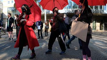 Protest pracownic seksualnych w Holandii. Domagają się powrotu do pracy