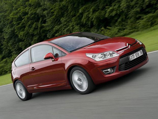 Kupujemy używane: Citroen C4 I vs. Toyota Auris I. Stylowy, czy konserwatywny kompakt?