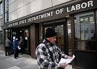 Dramatyczne dane o rynku pracy w Stanach. Jak głęboki jest worek z pieniędzmi, które mają uratować gospodarkę?
