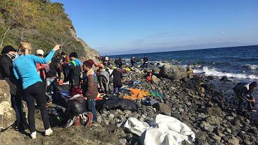 Refugiați pe insula Lesbos - Fotografii au fost făcute în timpul lucrărilor Anna Björk și Matthias Pigmo, autorii cărții