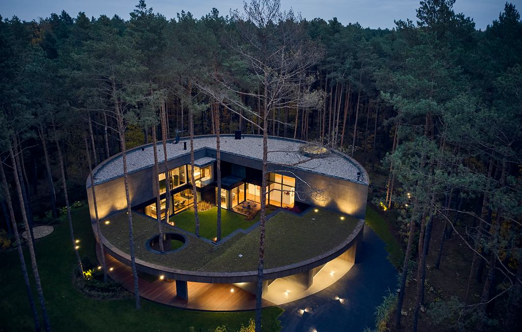 Realizacja 'Circle Wood'
