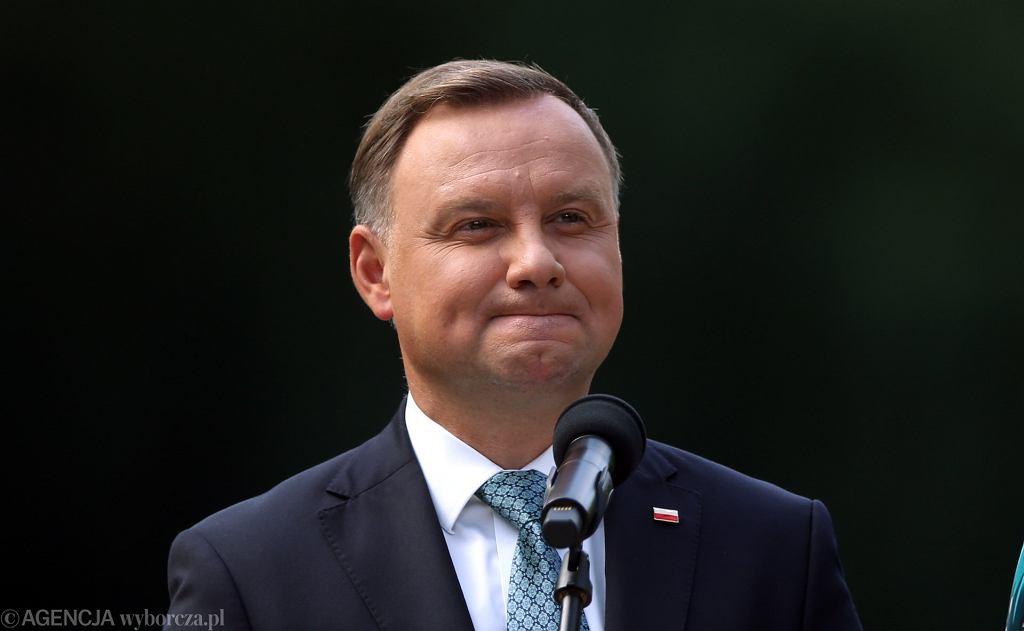 Jak Polscy oceniają pracę rządu i prezydenta? Sondaż Kantar