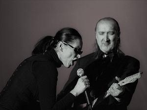 Maanam to jedna z najważniejszych grup w historii polskiego rocka. Zawdzięczamy im wiele ponadczasowych przebojów, które pozostaną z nami na zawsze. Powspominajmy!