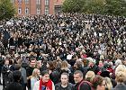 Czarny protest. Pikieta kobiet na pl. Solidarności w Szczecinie [ZDJĘCIA]