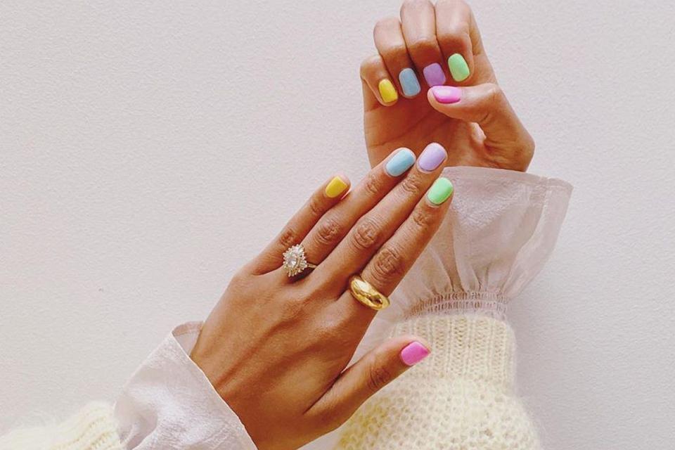 kolory paznokci na lato