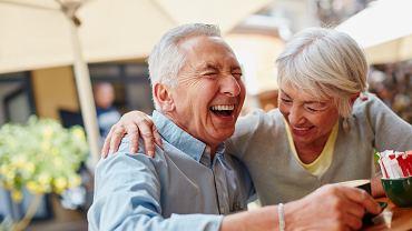 W Polsce przybywa seniorów, którzy żyją aktywnie (laflor / iStockphoto.com)
