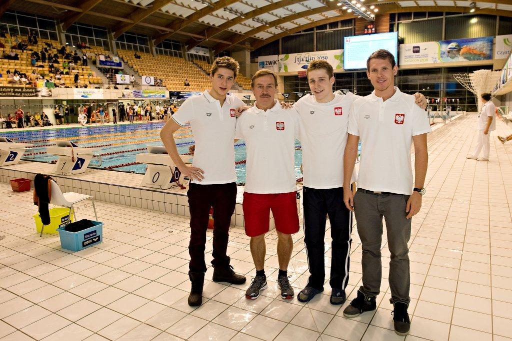 Filip Zaborowski, trener Mirosław Drozd, Paweł Furtek, Mateusz Sawrymoiwcz