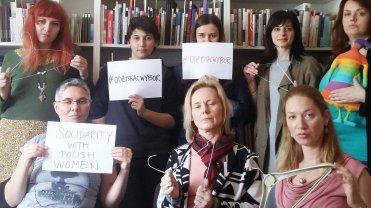 Kobiety z Centrum Edukacji, Doradztwa i Badań Naukowych CESI w Zagrzebiu sprzeciwiają się zaostrzeniu ustawy aborcyjnej w Polsce