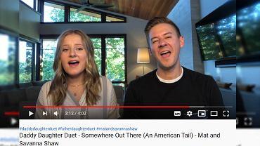 Tata z córką zaśpiewali 'Shallow'. To nagranie to hi