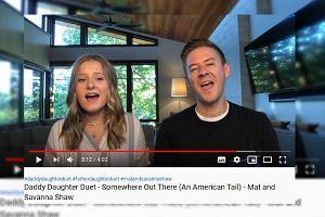 """Tata z córką zaśpiewali """"Shallow"""". To nagranie to hit"""
