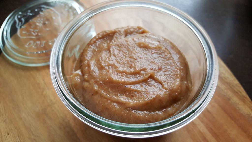 Domowy karmel lub kajmak, który nigdy się nie przypali i nie trzeba go gotować. Gotowy w 0,5 godziny! [PRZEPIS]