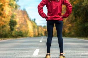 Czy można schudnąć dzięki spacerom? Ile kalorii spalamy w czasie chodzenia?