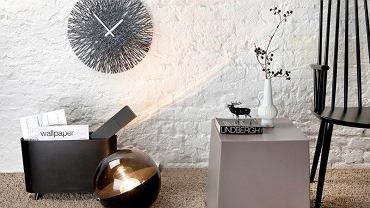 Oryginalne i nowoczesne zegary na ścianę to świetna ozdoba mieszkania.