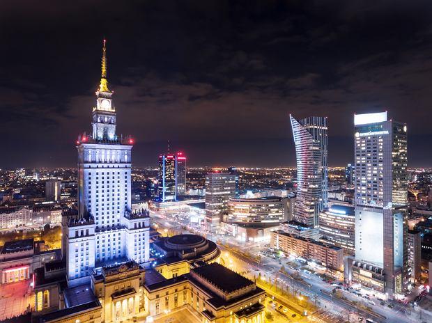 Warszawa w 'Ślepnąc od świateł'