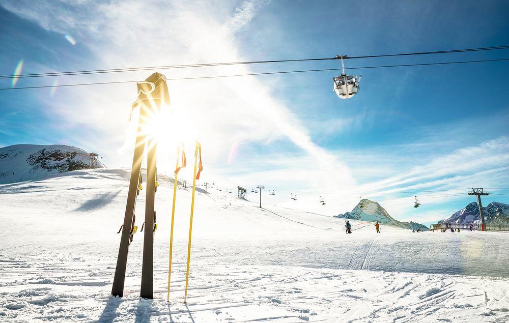 Najdłuższe trasy narciarskie w Europie - Alpy, Francja. Zdjęcie ilustracyjne