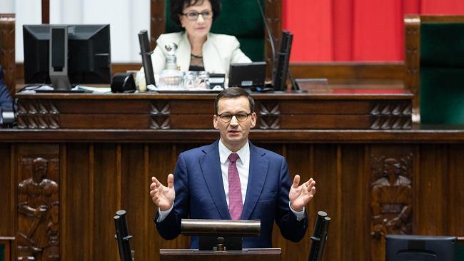 """Mateusz Morawiecki zapowiada: Zmieńmy Konstytucję RP. """"Tak możemy odzyskać zaufanie obywateli"""""""