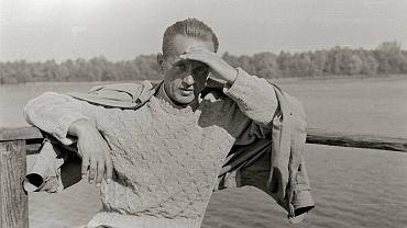 Kazimierz Moczarski po wyjściu z więzienia, 1956 r. Patron Nagrody Historycznej m.st. Warszawy im. Kazimierza Moczarskiego