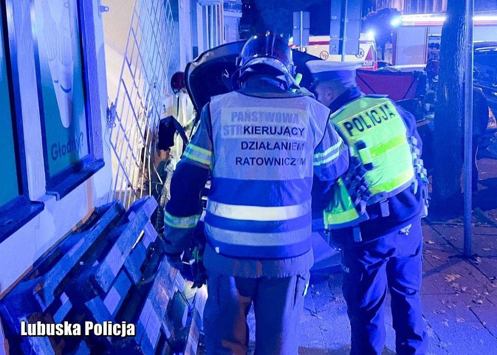 10 października 2021 r. Gorzów. Nie żyje czterolatek potrącony przez osobówkę, policja szuka sprawcy.