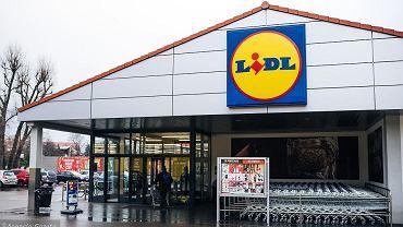 Lidl sprzedaje hitowe sztyblety za mniej niż 55 zł. Podobne kupisz też w Sinsay (zdjęcie ilustracyjne)