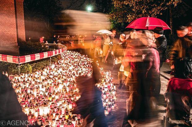 Zdjęcie numer 12 w galerii - Cmentarze najpiękniej wyglądają nocą. Zobacz zdjęcia z wrocławskiej nekropolii