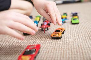 Wpływ zabawy na rozwój dziecka. Daj mu przestrzeń do eksperymentowania