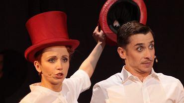 Kacper Kuszewski i Katarzyna Zielińska w spektaklu ''Berlin czwarta rano'' w Teatrze Roma (fot. Mateusz Baj / Agencja Gazeta)