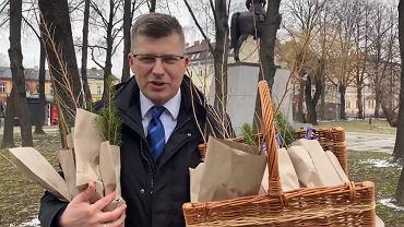 Wiceminister sprawiedliwości Marcin Warchoł ponownie bez maseczki ochronnej
