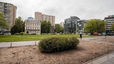 Działka przy ulicy Królewskiej 39 w Warszawie.