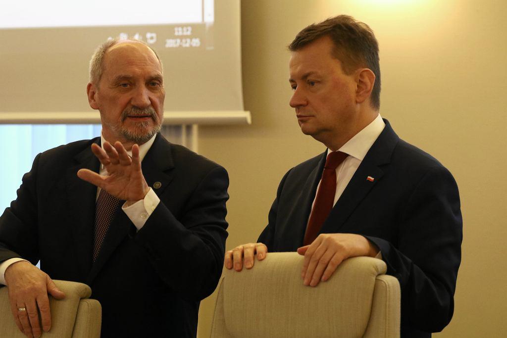 KPRM. Antoni Macierewicz i Mariusz Błaszczak