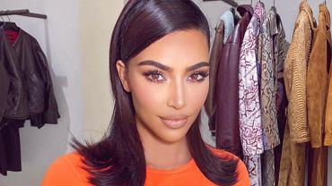 Kim Kardashian w odważnym stroju zwiedza Watykan. Celebrytka złamała dress code?