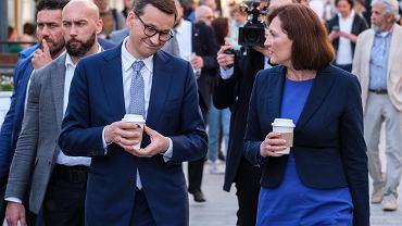 Premier Mateusz Morawiecki i Ewa Leniart w Rzeszowie.