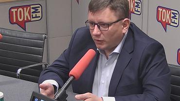Rafał Milczarski w studiu TOK FM.
