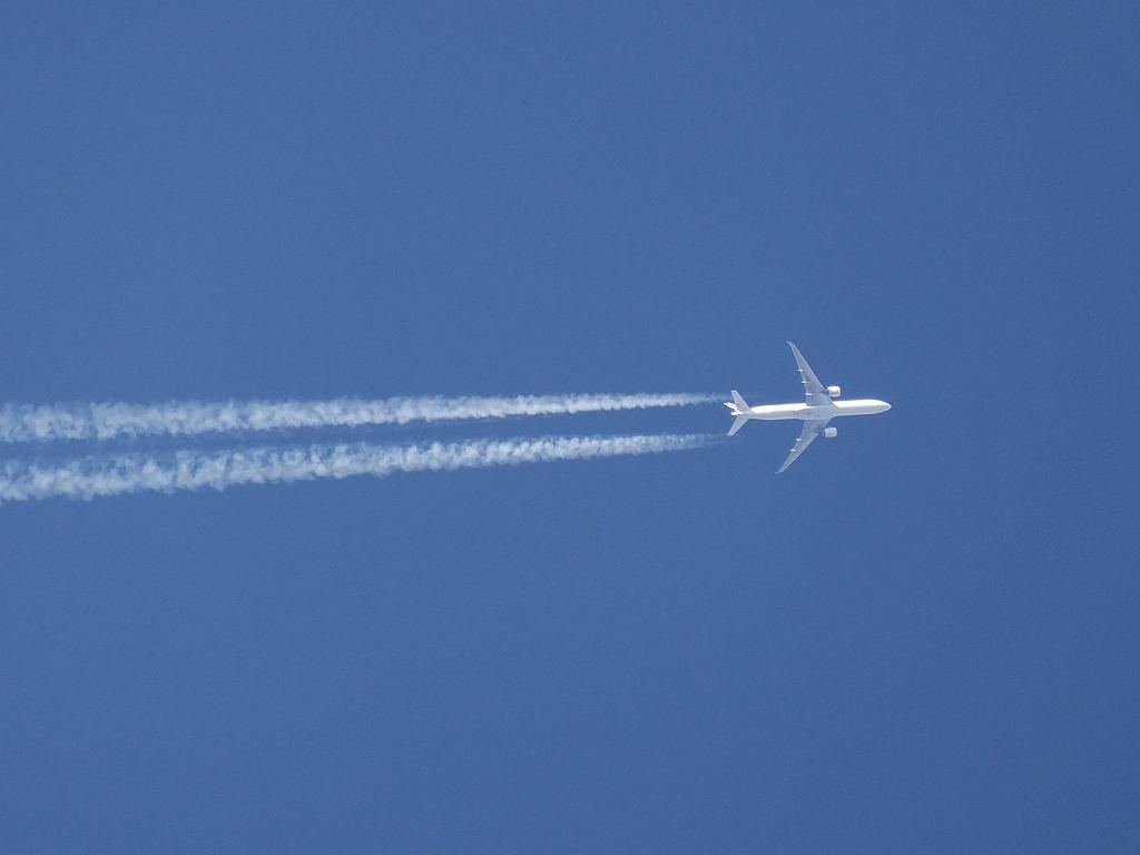 Boeing B777 w locie na dużej wysokości