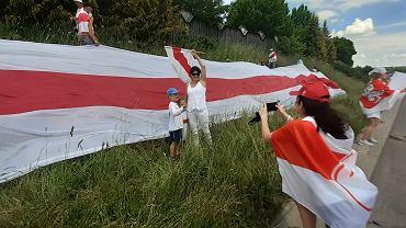 Białorusini i Białorusinki postanowili zakończyć w sobotę (12 czerwca) akcję protestu, jaka trwała od tygodnia na polsko-białoruskich przejściach granicznych w Bobrownikach i Kuźnicy Białostockiej