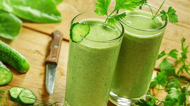 Koktajl z selera naciowego, natki pietruszki i zielonej papryki