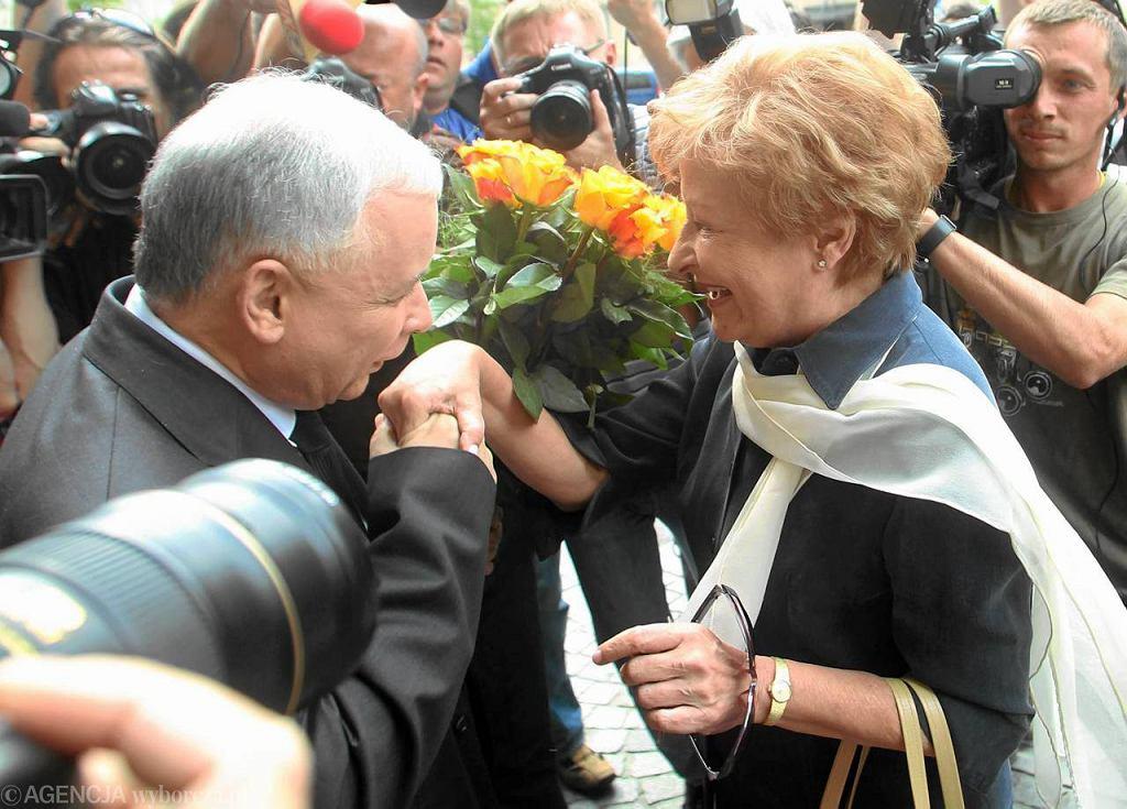 Jarosław Kaczyński i Zyta Gilowska podczas spotkania, na który była minister finansów wyraziła swoje poparcie dla PiS.