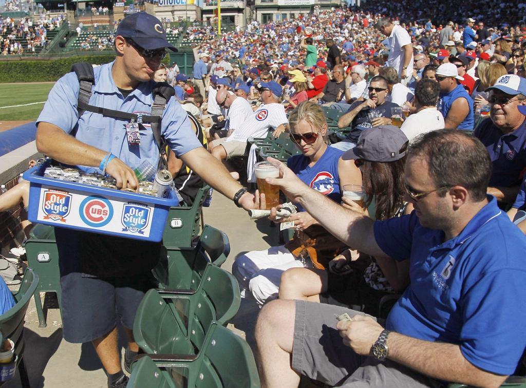 Kibice na stadionie Chicago Cubs