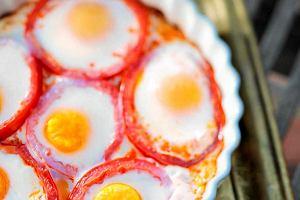 Jak zrobić pyszne jajka sadzone?