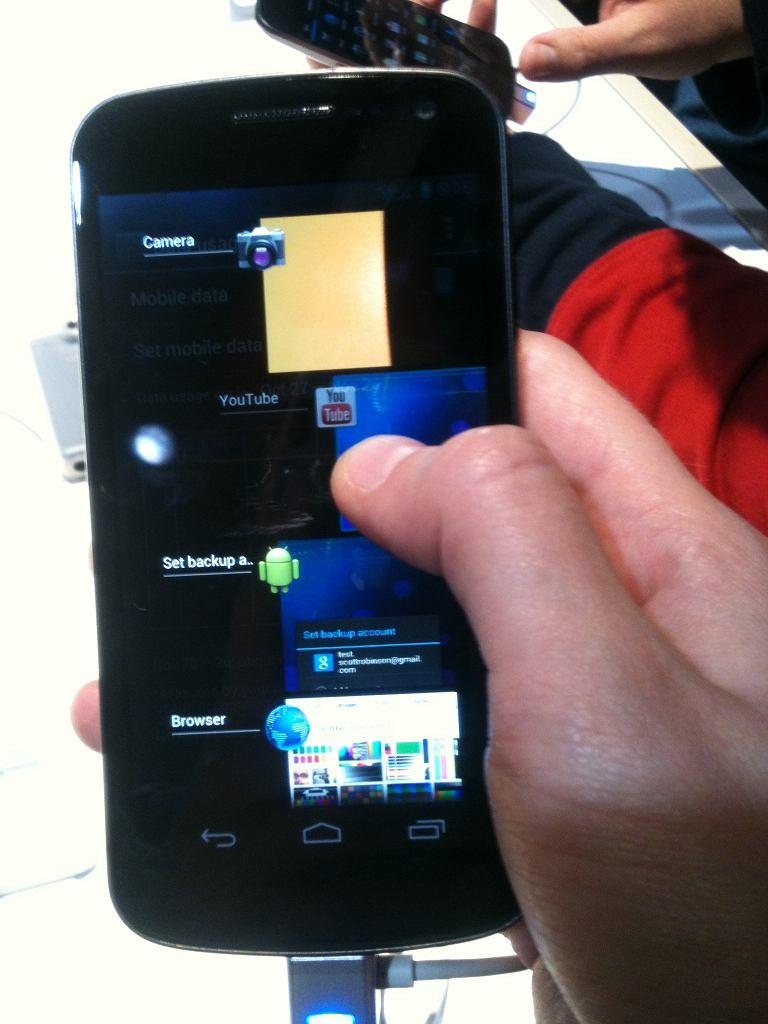 Samsung Galaxy Nexus - lista uruchomionych aplikacji