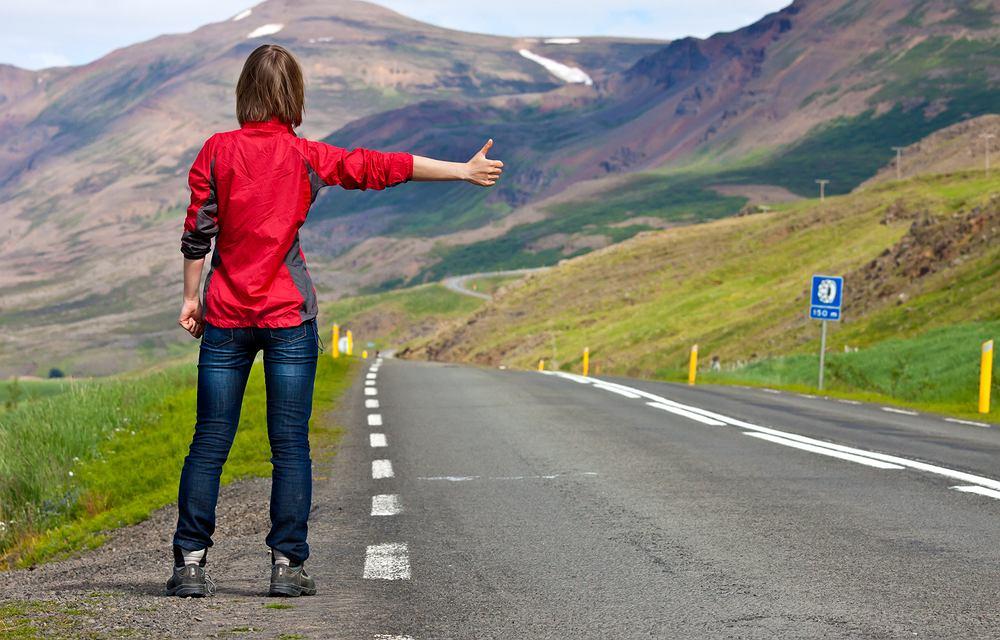 Autostop (Fot. Shutterstock)