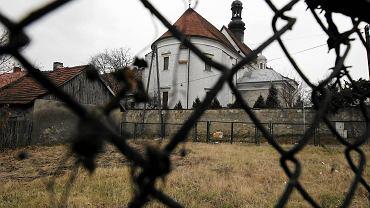 Pińczów, grudzień 2011 rok. Kościół i klasztor Franciszkanów