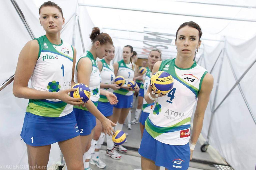 Maja Tokarska (z lewej) i Izabela Bełcik